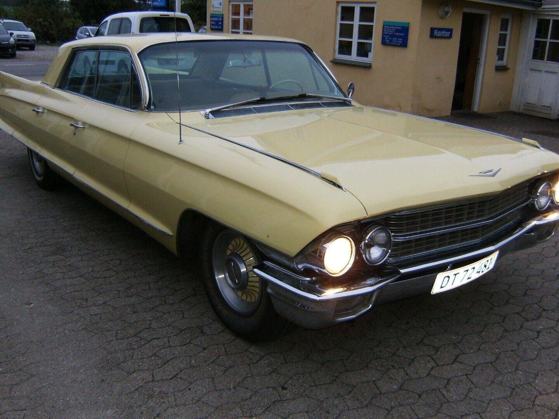 Cadillac DeVille 6,4 Convertible 2d
