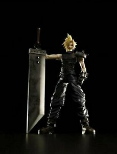 Square-Enix-Final-Fantasy-Vii-Play-Arts-Cloud-Strife-Action-Figure