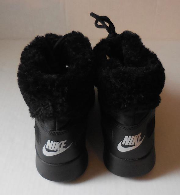 Nike donne kaishi inverno alto scarpe / stivali di nero finto pelo nero di 8 nuovi 2fa484
