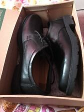Men's Clarks Shoes Size 12 Black. New/boxed !