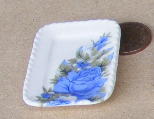 1:12 SCALA singolo Blu /& Bianco Piastra Casa delle Bambole Accessorio da cucina in ceramica B34