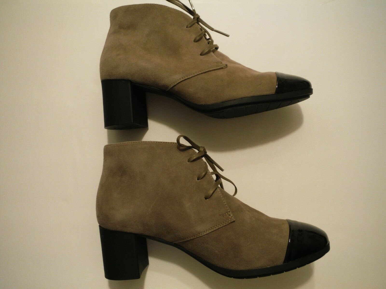 SABRINAS EU SIZE 37 US 6 - - - 6 1 2 TAUPE SUEDE ANKLE BOOT BOOTIE BLACK PATENT TOE 01a1ae
