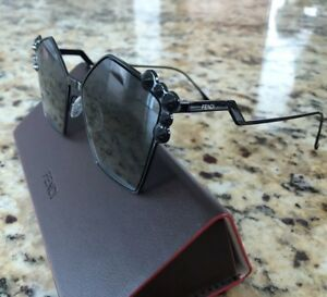 e0e4e701842 Image is loading FENDI-Studded-BLACK-Oversized-Geometric-Sunglasses -Pre-Owned