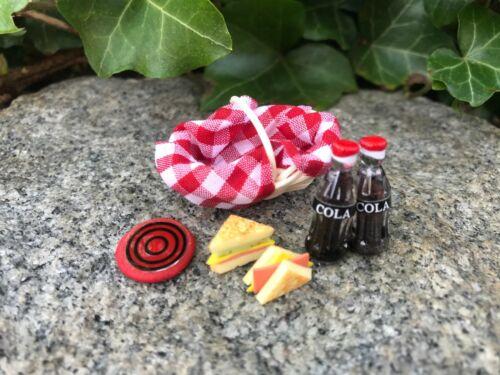 "Dollhouse Miniature Picnic Basket Set Cokes Frisbee Sandwiches 1"" 1:12 Fairy"