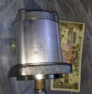 Rexroth Hydraulic Gear Pump 0510725030