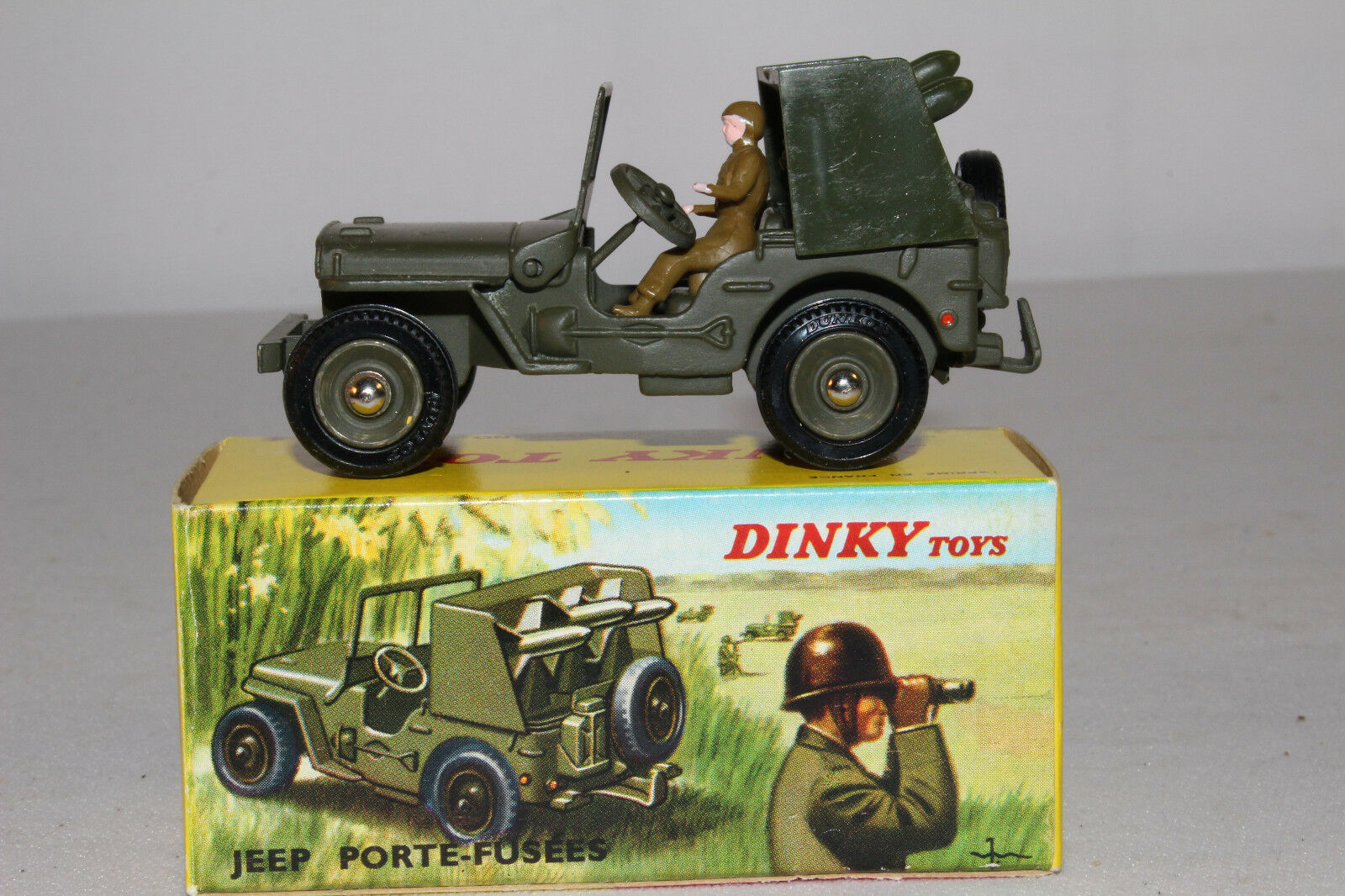 Década de 1960 francés Dinky  828 cohete portador Jeep, agradable con Caja Original, Lote  2a