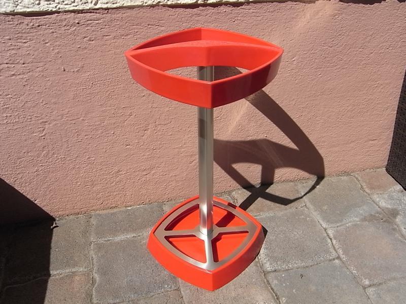Forma bella pioggia-SUPPORTO OMBRELLONE IN ROSSO ALLUMINIO DESIGN 70er bastone umbrella stand