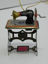 SEWING MACHINE COLLECTIBLE MINIATURE TIN ANTIQUE STYLE DECORATIVE HANDMADE HOME