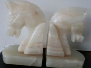Antique 2 X Mexican Onyx Horse Head bookends hand carved - Hove, United Kingdom - Antique 2 X Mexican Onyx Horse Head bookends hand carved - Hove, United Kingdom