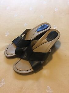 Womens-DANSKO-039-Neve-039-Black-Leather-wedge-SANDALS-Slides-Sz-41-10-5-11-EUC
