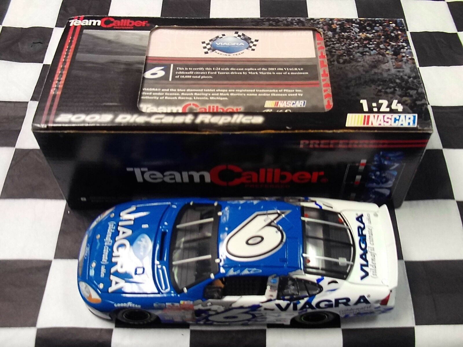 Mark Martin  6 contient 2003 Taurus 1 24 scale Team Caliber MM3P206VW New in Box NASCAR