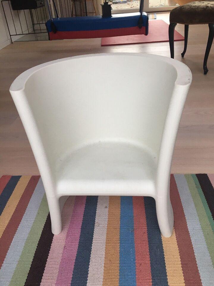 Stol-på-stol, Trioli design eero Aarnio magis design