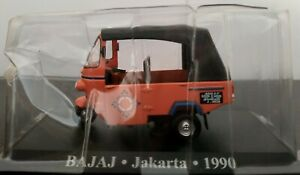 1-43-BAJAJ-TAXI-JAKARTA-1990-MOTOCARRO-IXO-ALTAYA-ESCALA