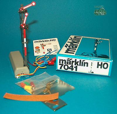 M&B Marklin HO 7041 home signal , 2 arm Semaphore double solenoid