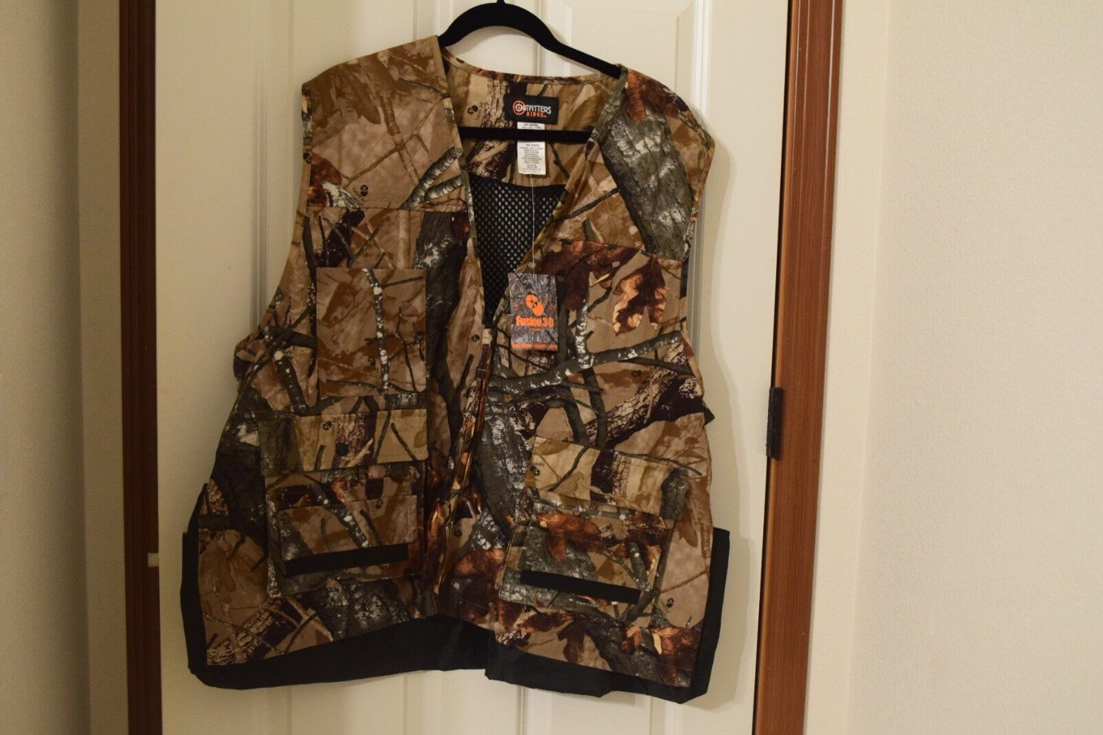 2XL Camouflage Vest— OUTFITTERS RIDGE (NWT)