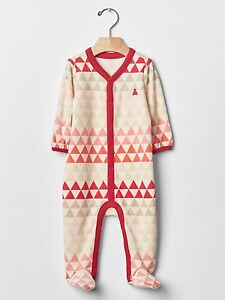 788358df7 GAP Baby Girls Size 3-6 Months Pink Red Geometric Velour Footed ...