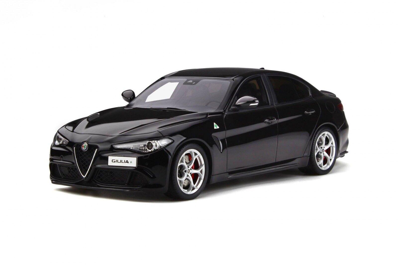 Otto Mobile Alfa Romeo Quadrifoglio 1 18 nero