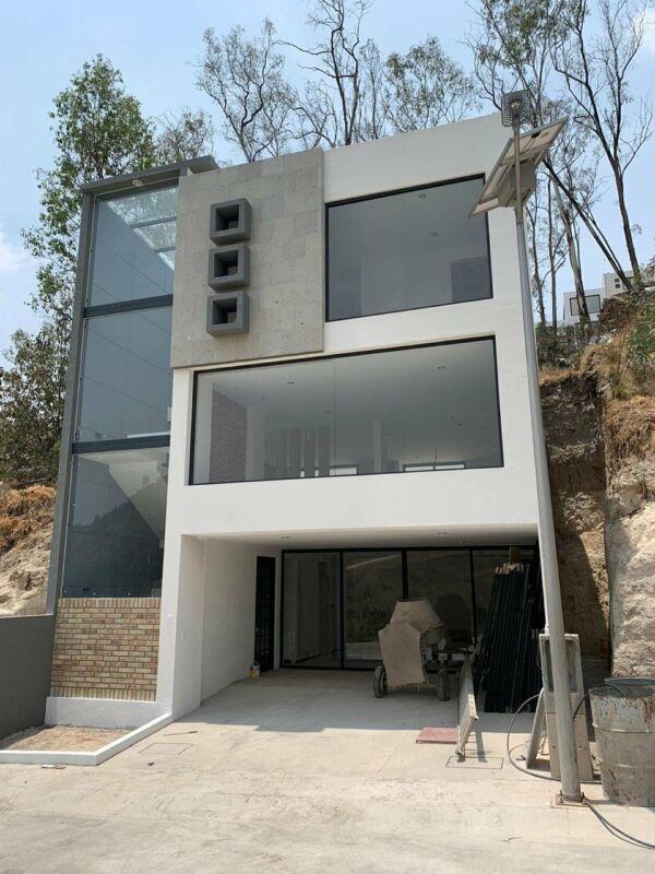 Casa en Venta en  Lago Esmeralda acabados de lujo estrena!