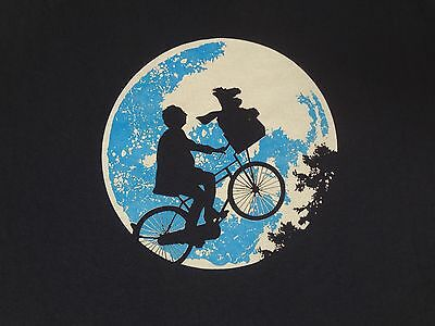 E.T. ALF SPOOF RIDING BIKE OVER MOON - XL BLUE T-SHIRT E2017