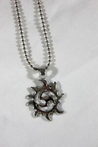 Silver-Metal-Tribal-SUN-Cut-Out-Charm-amp-18-034-Chain-Pendant-Necklace-Jewelry