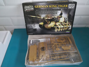 02-09-18-1-maquette-model-kit-Forces-of-valor-unimax-german-king-tiger-tank-1-72
