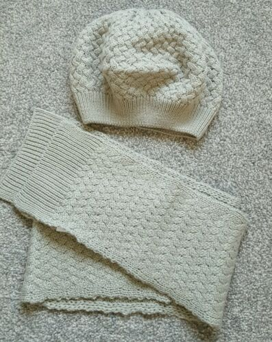 Brand new Mini Boden Girls Hat Scarf Set Grey Cable Knit Age 11-12 Beret Style