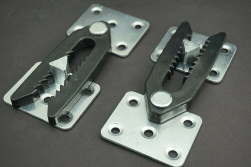 Metal Snap Sofa Sectional Couch Connector Bracket with Teeth Plastic Bracket