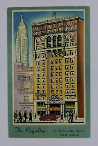 Postcard-Linen-City-Goers-Walking-by-The-Royalton-Hotel-New-York-44th-Street