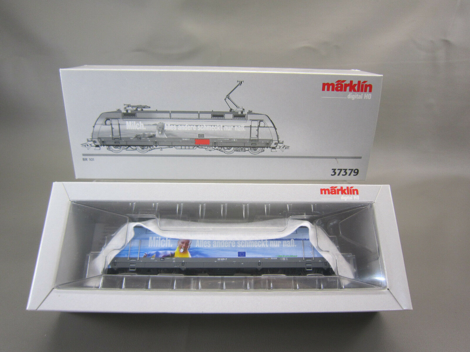 MARKLIN HO SCALE 37379 DIGITAL BR 101 MILCH ELECTRIC LOCOMOTIVE