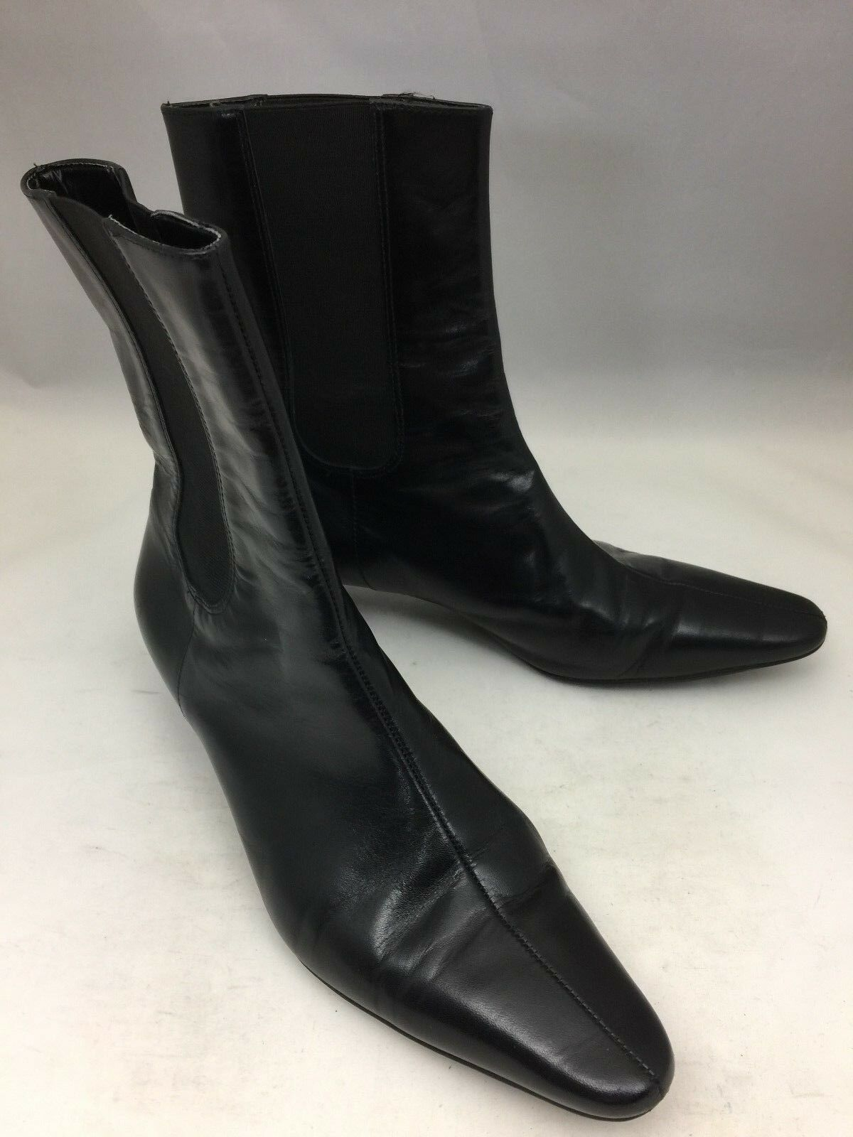 TALBOTS Black Leather Short Pull On Ankle Boots Low Heel - Size 7.5B EUC