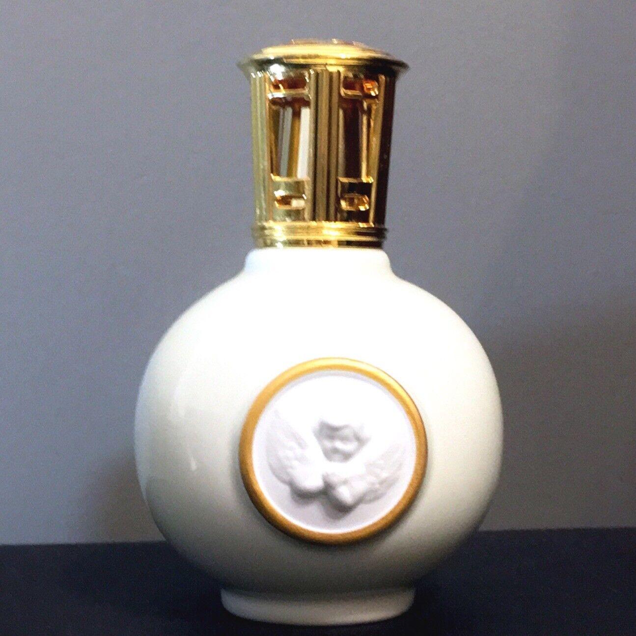 Vtg LAMPE BERGER Artoria Limoges Weiß Embossed Cherub Angel Fragrance Oil Lamp