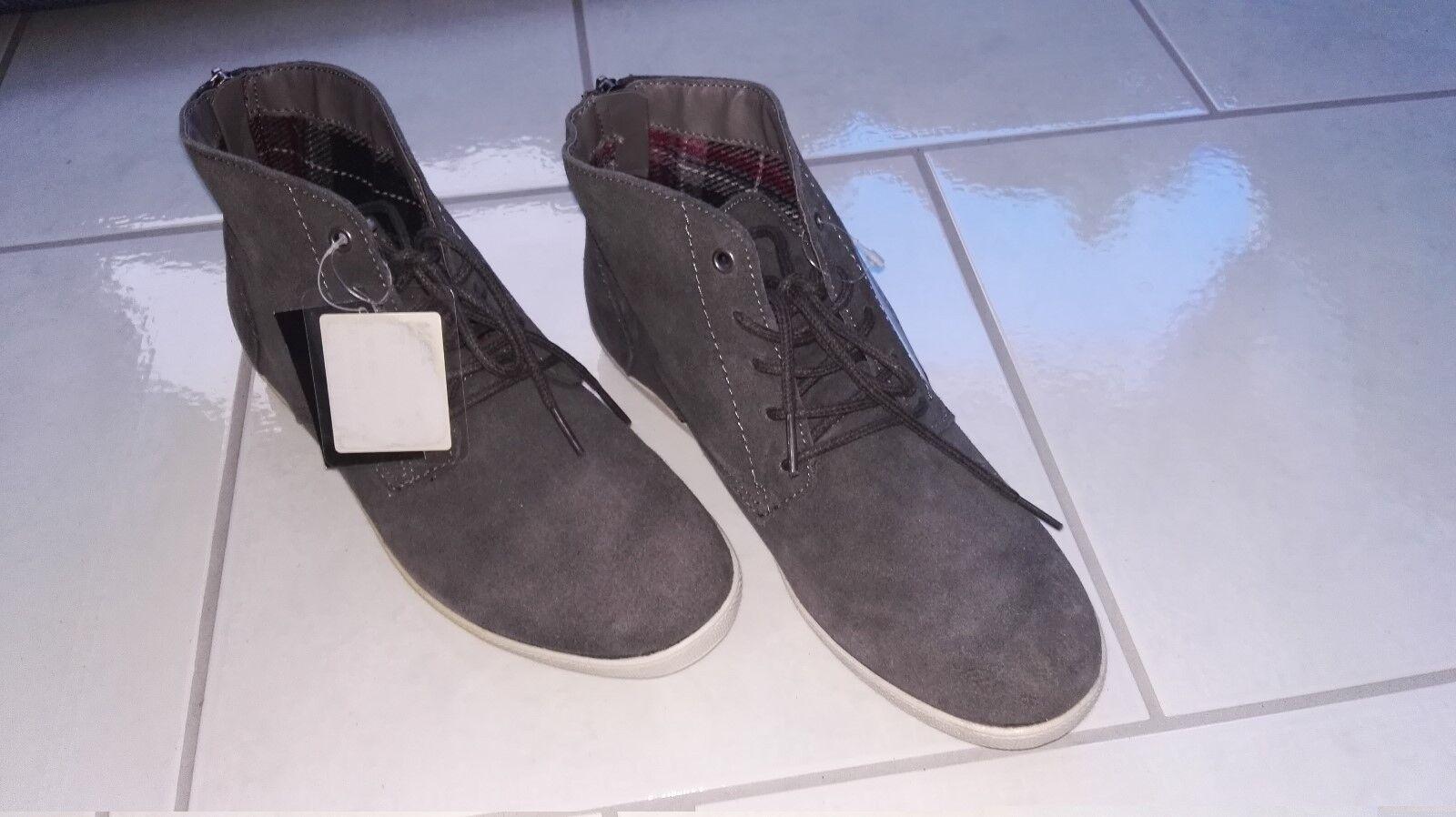 Dockers Dockers Dockers Schuhe Gr. 41 grau Schuhe Sneacker Halbschuhe NEU angenehm zu tragen 453df7