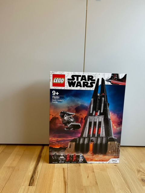 Lego Star Wars, Lego 75251 Star Wars : Darth Vaders Castle,…