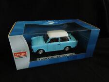 Trabant 601 Deluxe Limousine Blau mit weißem Dach 1//18 Sun Star Modell Auto mi..