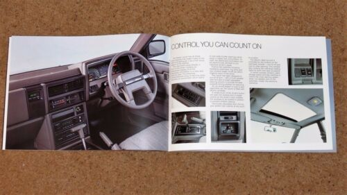 Unread Brand New Old Stock!! 1985-86 NISSAN LAUREL Mk5 Sales Brochure
