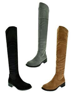 Stivali-altissimi-donna-sopra-al-ginocchio-stivaletti-camoscio-tacco-basso-largo