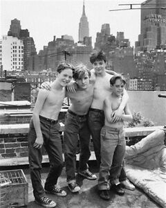 BRAD-RENFRO-AS-YOUNG-MICHAEL-SULLIVAN-FROM-S-8x10-Photo-lovely-pic-165546