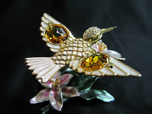 Hummingbird-with-Swarovski-Crystals-Fitted-Gold-Plated-Gold-Plated-Colibri-Blu