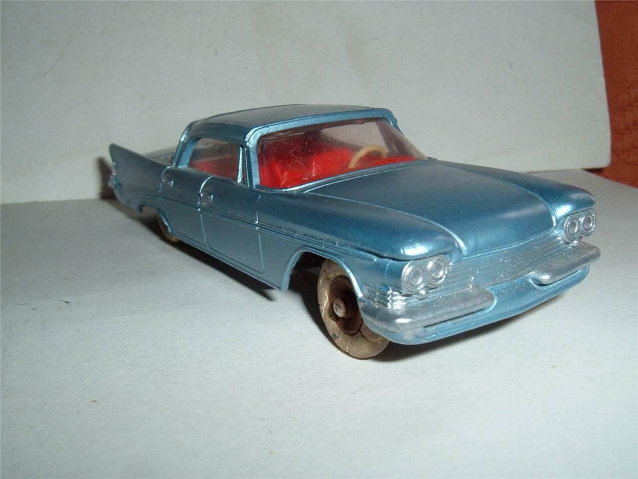 Dinky Toys 550 Chrysler saratgo en Repintado envejecido Trasero Cristal Hecho En Francia