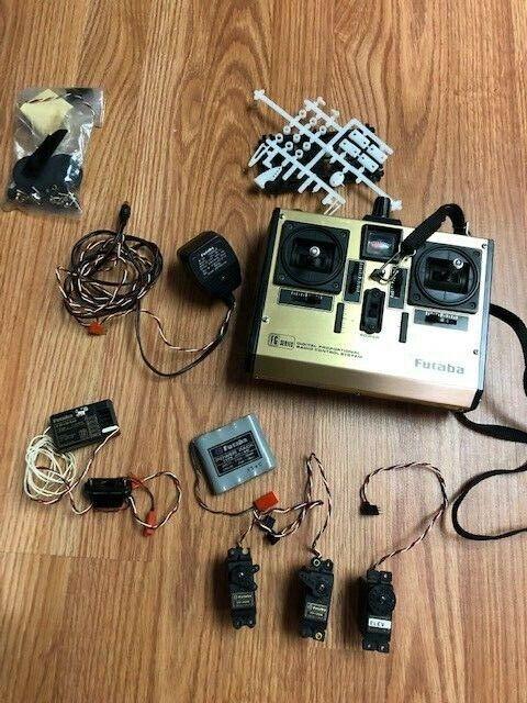 FUTABA Radio Control Remoto De 4 canales FP-4FG (usado) (usado) (usado) Excelente OLDER tecnología  servicio considerado