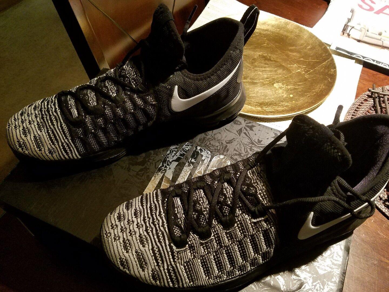 Nike MEN's  ZOOM KD 9 (BHM) BLACK WHITE SIZE 11