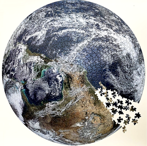 Jigsaw Puzzle 1000 Piece The Earth  68 cm -Keep Busy for Days or Weeks !