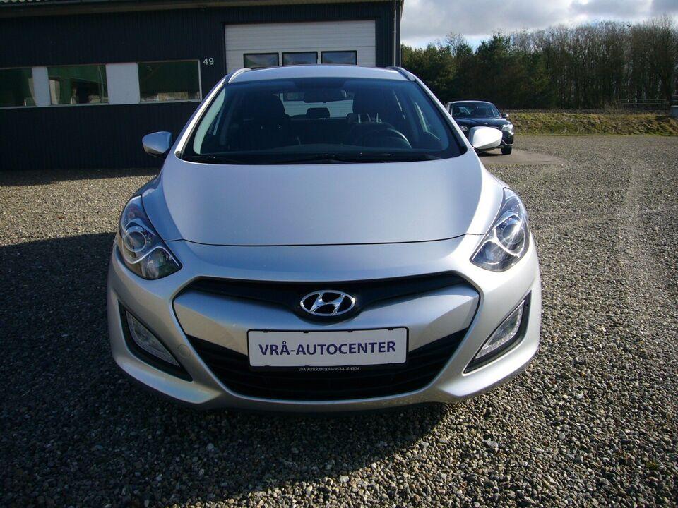 Hyundai i30 1,6 CRDi 110 Comfort CW Eco Diesel modelår 2013