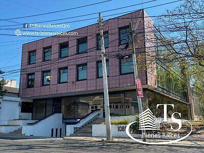 ARBOLEDAS edificio 1170m2 a una cuadra Blvd Bernardo Quintana