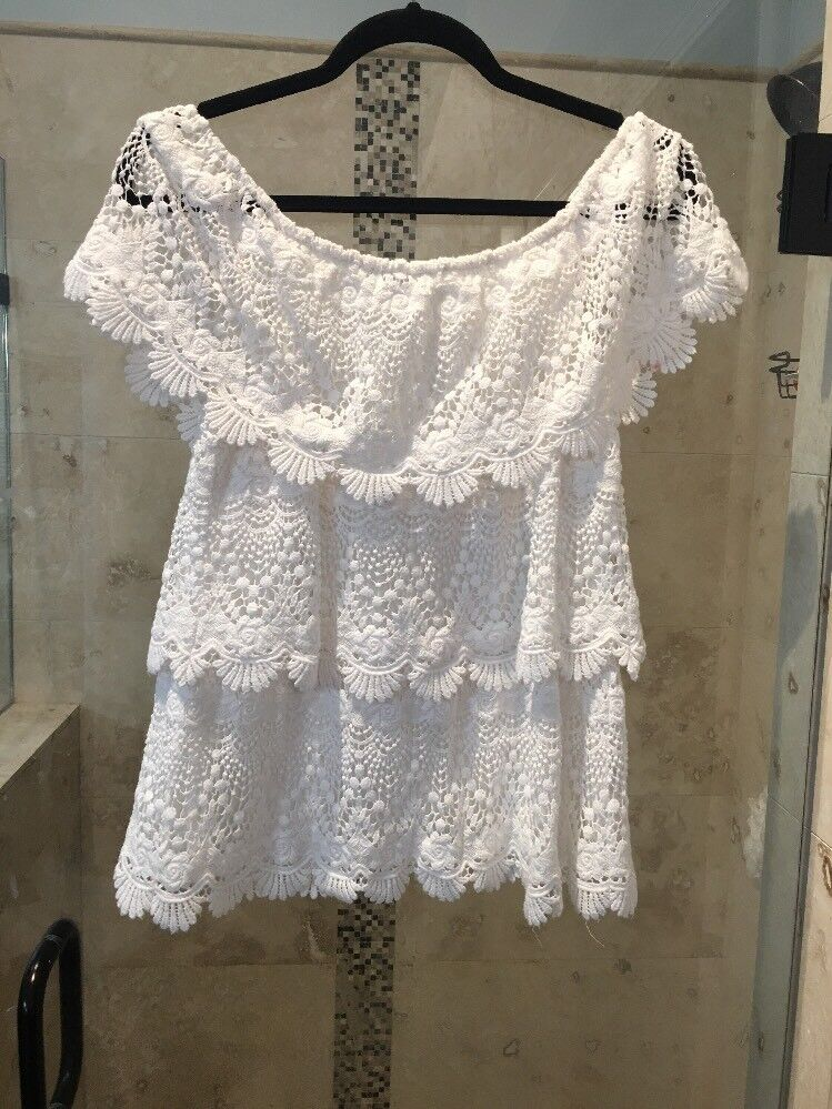 nouveau blanc house noir market Boho Crochet Off Shoulder top Taille M