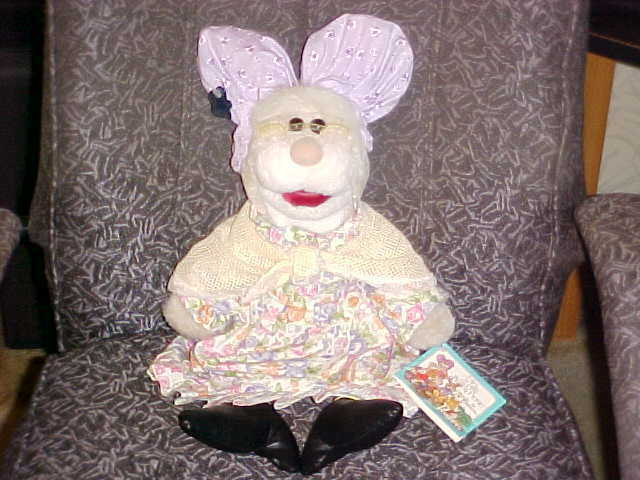 21  Great Grandmother Puppet Plush Tags Jim Henson The Tale Of The Bunny Picnic
