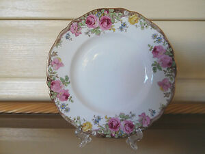 Royal-Doulton-034-English-Rose-034-Side-Bread-Plate-D6071-England-1930s