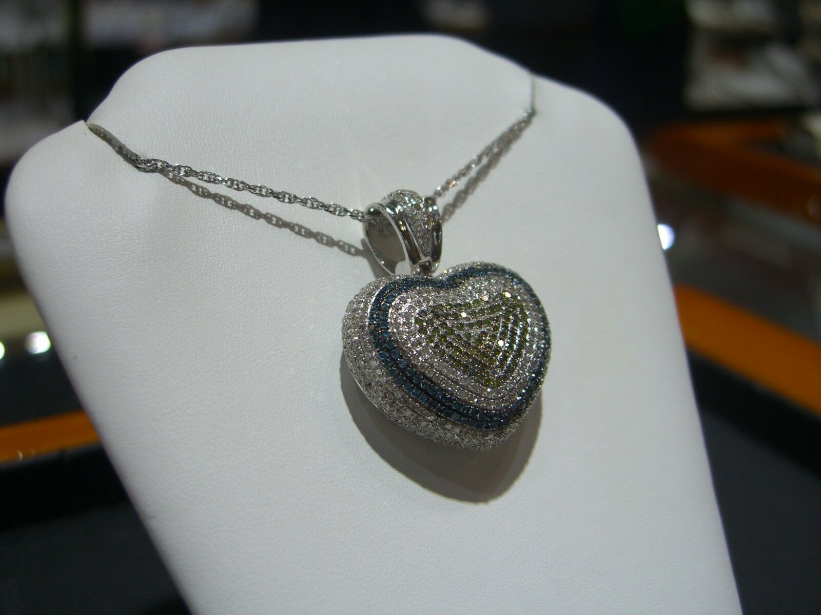 FINE 14 KARAT WHITE gold WHITE blueE YELLOW DIAMOND PUFFY HEART PENDANT NEW WOW