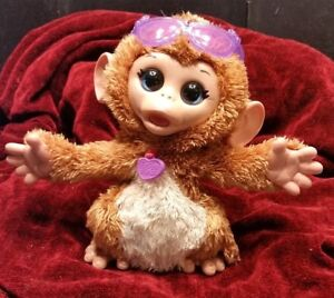 FurReal-Friends-Baby-Monkey-Cuddles-My-Giggly-Pet-Plush-Interactive-fur-real