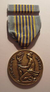 U-S-Airman-039-s-Military-Medal-for-VALOR-with-RIBBON